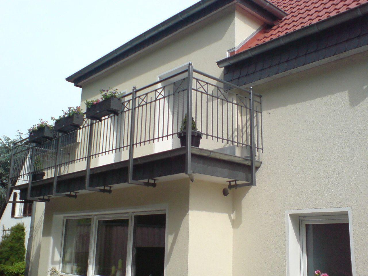 balkongel nder wartung instandhaltung brandschutzt ren. Black Bedroom Furniture Sets. Home Design Ideas